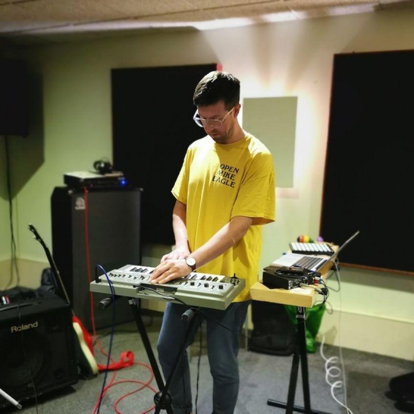 Jamie Scott on keyboard